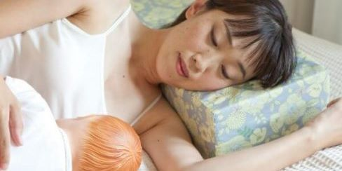 181130_吉祥寺_添い乳枕体験、無料母乳相談の申込フォームへ